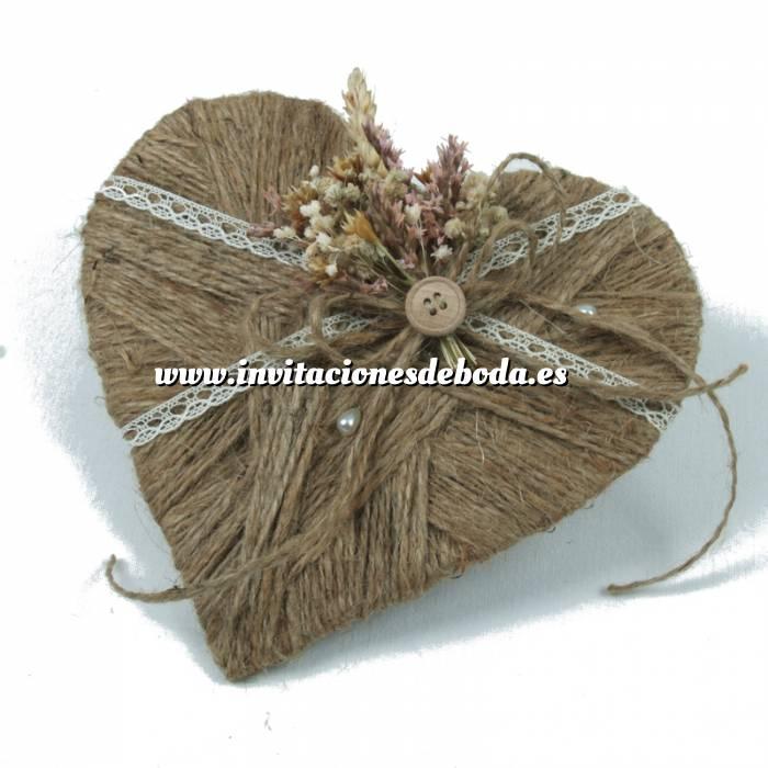 Imagen Cestas y Cojines Porta alianzas corazon flores silvestres ARTESANAL