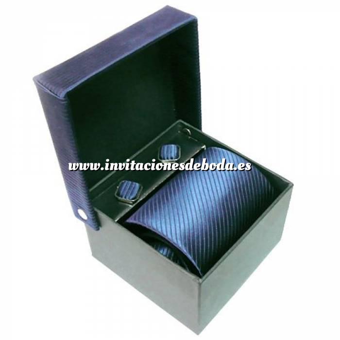 Imagen Para Hombre Corbatas Lisas surtidas con gemelos (Últimas Unidades)